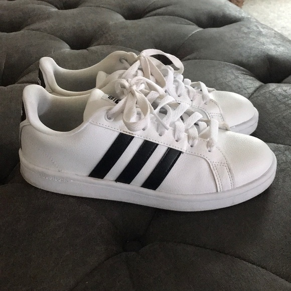 adidas Shoes - Brand new! Barely worn adidas cloud foam sneakers 798d82f16